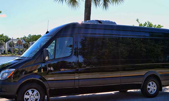 04 Party Bus Charleston, SC | Charleston Black Cab